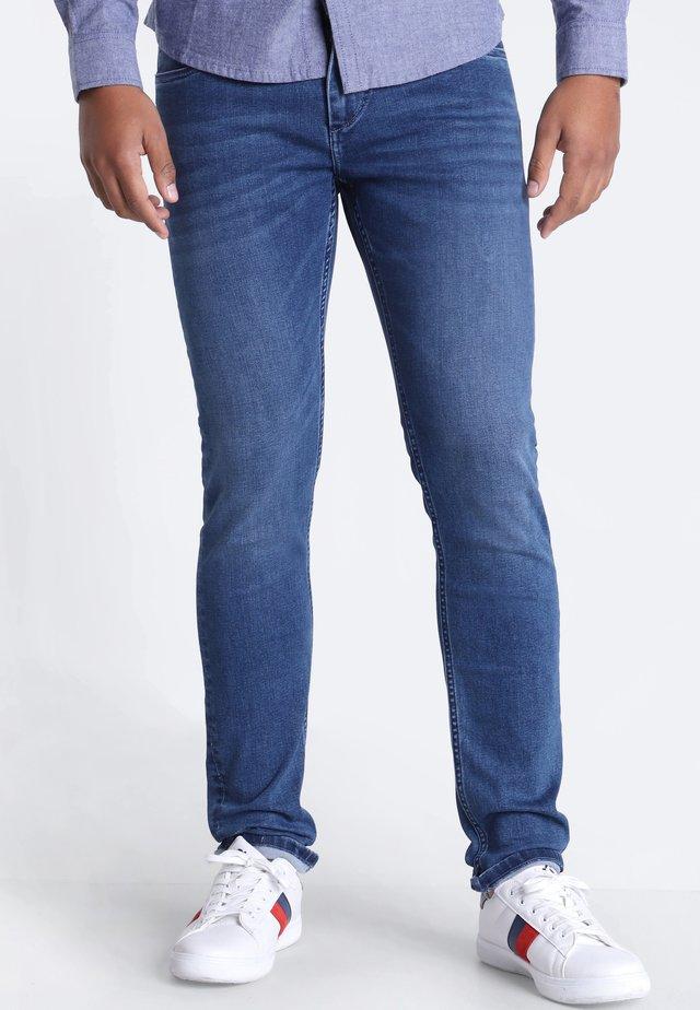 MIT 5 TASCHEN - Slim fit jeans - denim stone