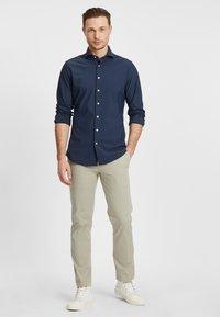PROFUOMO - Formal shirt - navy - 1