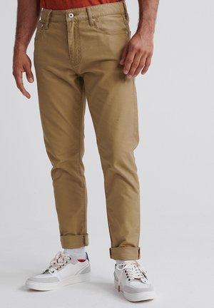 TYLER  - Jeans slim fit - khaki