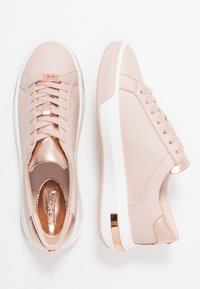 MICHAEL Michael Kors - CODIE LACE UP - Trainers - pink/gold - 3