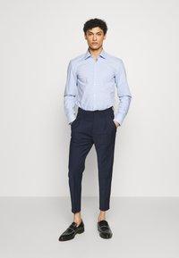 HUGO - KENNO  - Camicia - light/pastel blue - 1