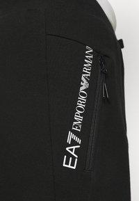 EA7 Emporio Armani - PANTALONI - Jogginghose - black - 6