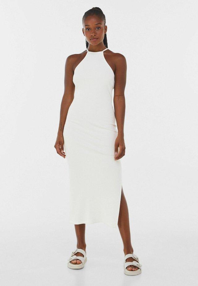 Sukienka dzianinowa - white