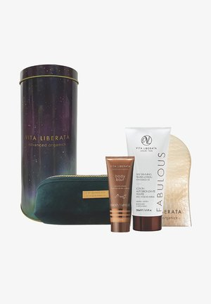THE ULTIMATE SHIMMER AND GLOW KIT - Bath and body set - medium