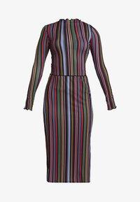 CARLY STRIPE LETTUCE HEM SET - Pouzdrová sukně - multi