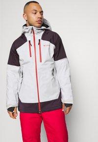 Columbia - WILD CARDJACKET - Snowboard jacket - nimbus grey/dark purple - 3