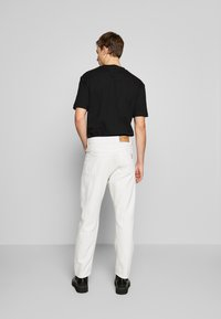 McQ Alexander McQueen - BEN - Jeans slim fit - used white - 2