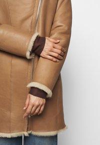 STUDIO ID - CLASSIC COAT - Winter coat - camel/light camel - 6