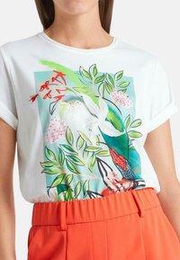 Marc Cain - Print T-shirt - wild lime - 1