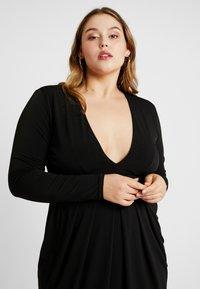 Simply Be - PLUNGE MIDI DRESS - Denní šaty - black - 4
