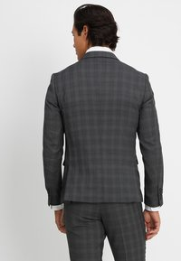Lindbergh - MENS SUIT SLIM FIT - Completo - grey check - 3