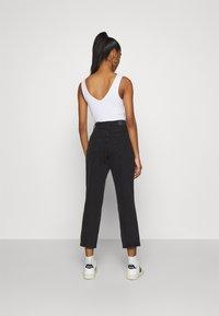 Monki - MAJA - Jeans baggy - black dark - 2