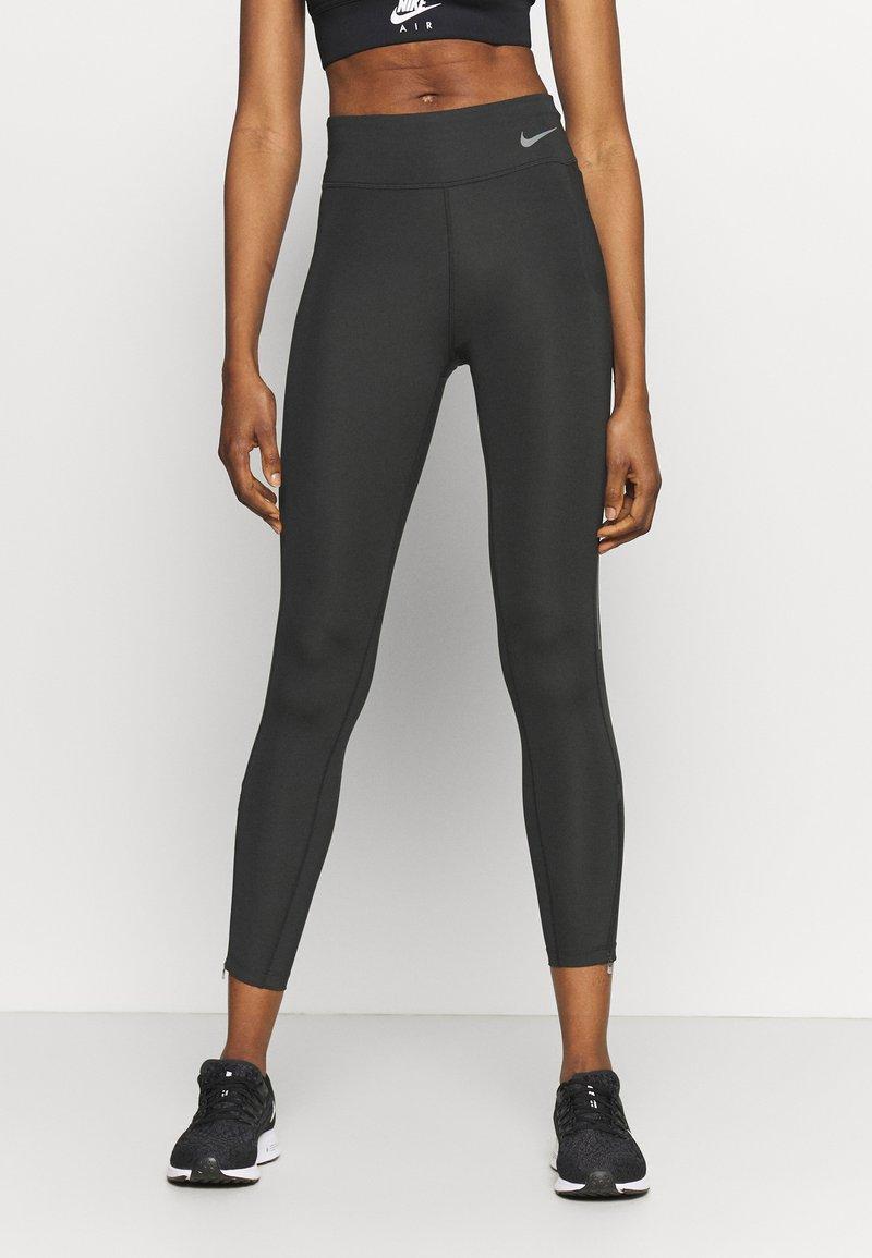 Nike Performance - FASTER 7/8 - Leggings - dark smoke grey/gunsmoke
