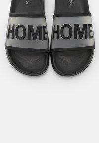 Even&Odd - Slippers - black - 5