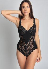 Sassa - Body - black - 0