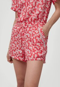 O'Neill - Shorts - red with pink or purple - 2