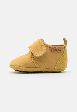BABY UNISEX - První boty - mustard