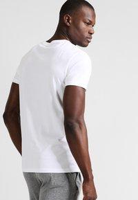 Tommy Hilfiger - Maglia del pigiama - white - 2