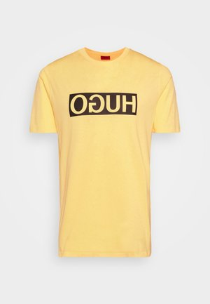 DICAGOLINO - Camiseta estampada - light pastel yellow