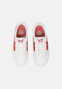 Warrior Shanghai - DIME UNISEX - Zapatillas - white/red - 3