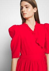 Hofmann Copenhagen - CIARA - Koktejlové šaty/ šaty na párty - fiery red - 6