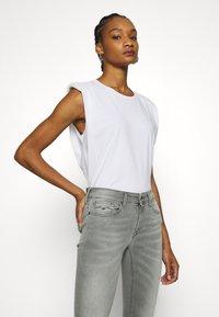 Replay - NEW LUZ HYPERFLEX BIO - Jeans Skinny Fit - medium grey - 3