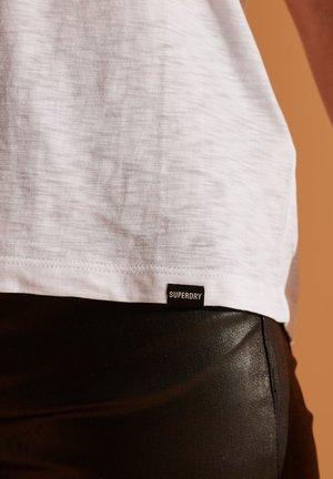 Basic T-shirt - brilliant white
