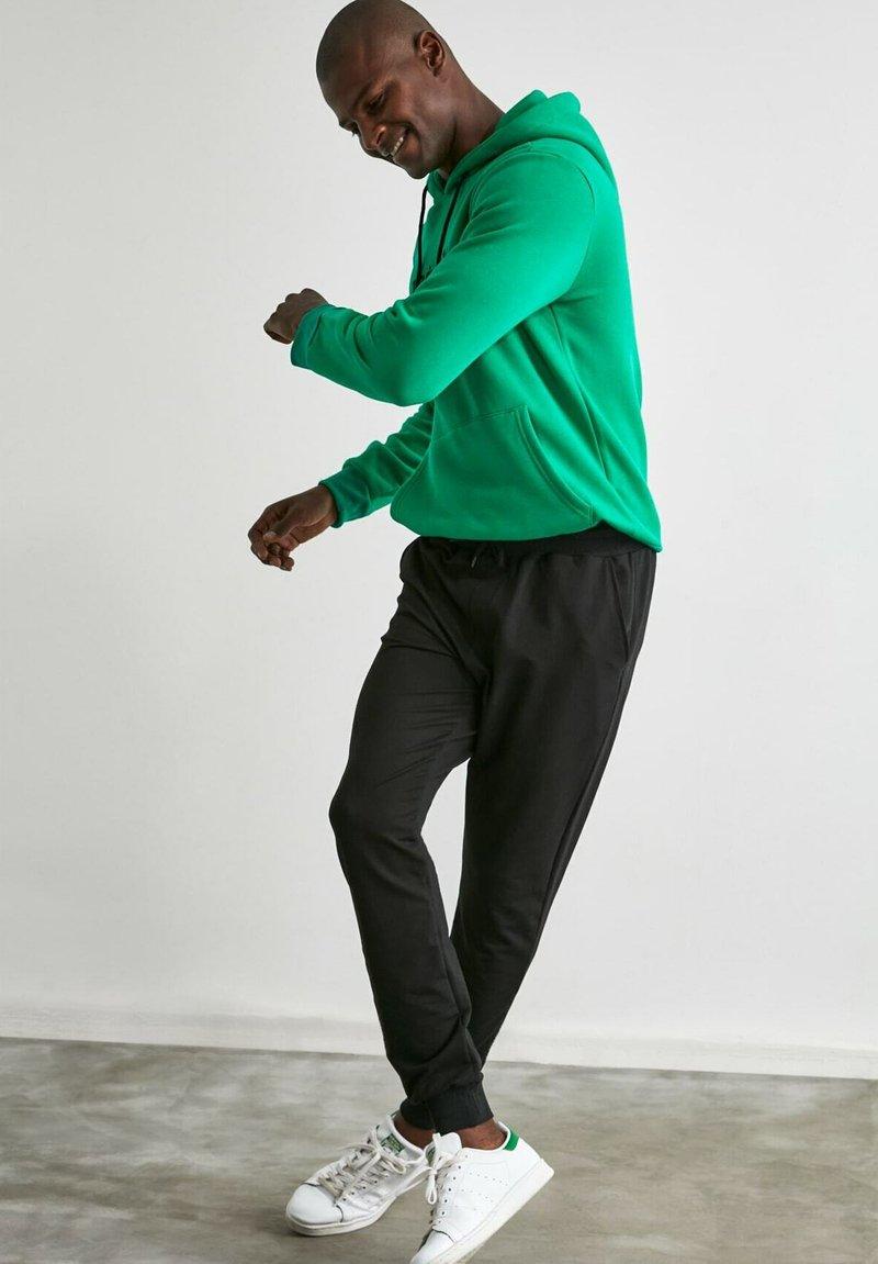 Trendyol - Pantalon de survêtement - black
