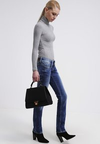 Pepe Jeans - VENUS - Straight leg jeans - blanco - 1