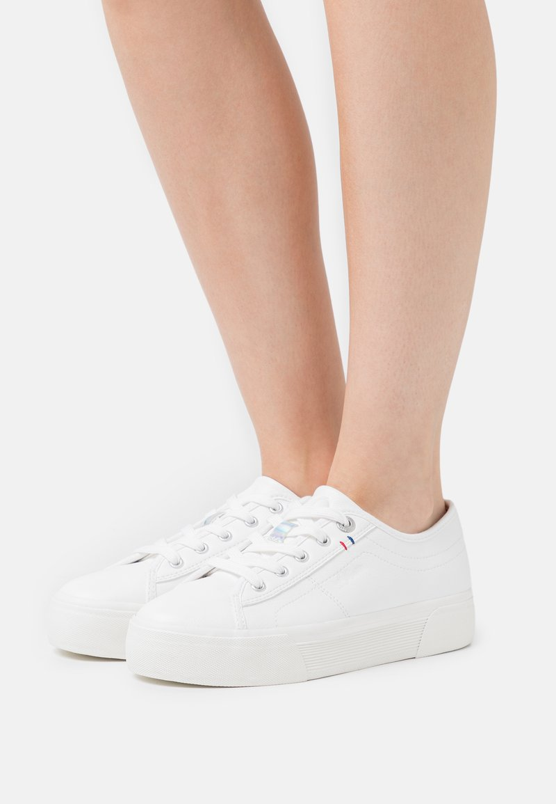 s.Oliver - LACE-UP - Trainers - offwhite