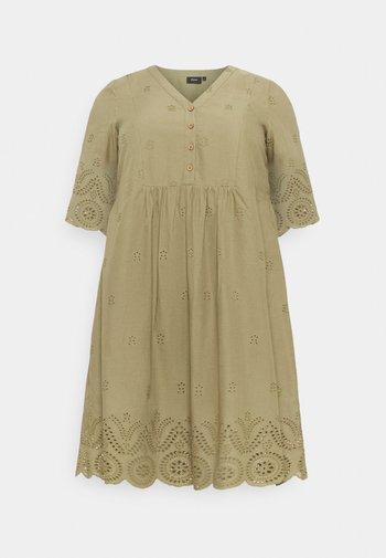 MALVA KNEE DRESS