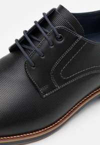 Lloyd - LAREDO - Lace-ups - black/midnight - 5