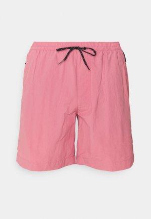 SUMMERDRY™ SHORT - Shorts - rosette