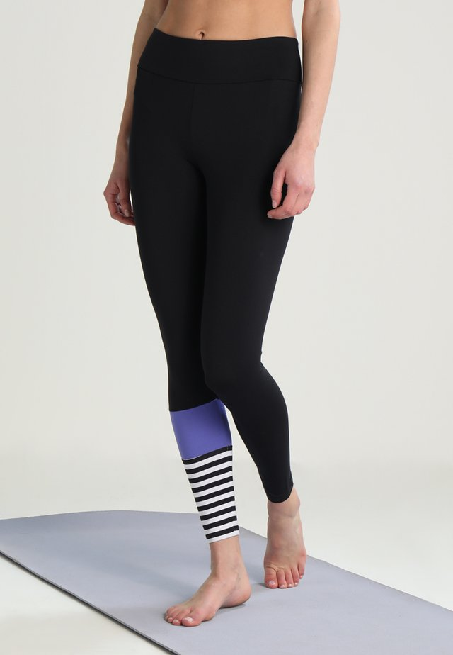 LEGGINGS SURF STYLE - Legginsy - black/purple