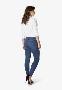 Yest - JOY - Slim fit jeans - mid blue - 2