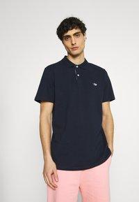 Selected Homme - SLHNATHAN - Polo shirt - navy blazer - 0