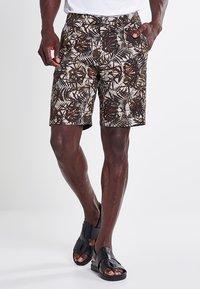 DRYKORN - ABROAD - Shorts - braun - 0