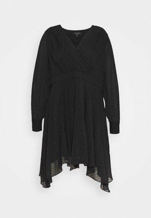 FREDRIKA CURVE PLEATED SKATER DRESS - Vapaa-ajan mekko - black