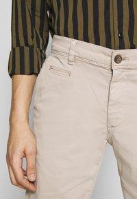 Baldessarini - JOERG - Shorts - beige - 5
