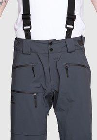 Salomon - OUTLAW PANT - Zimní kalhoty - ebony - 3