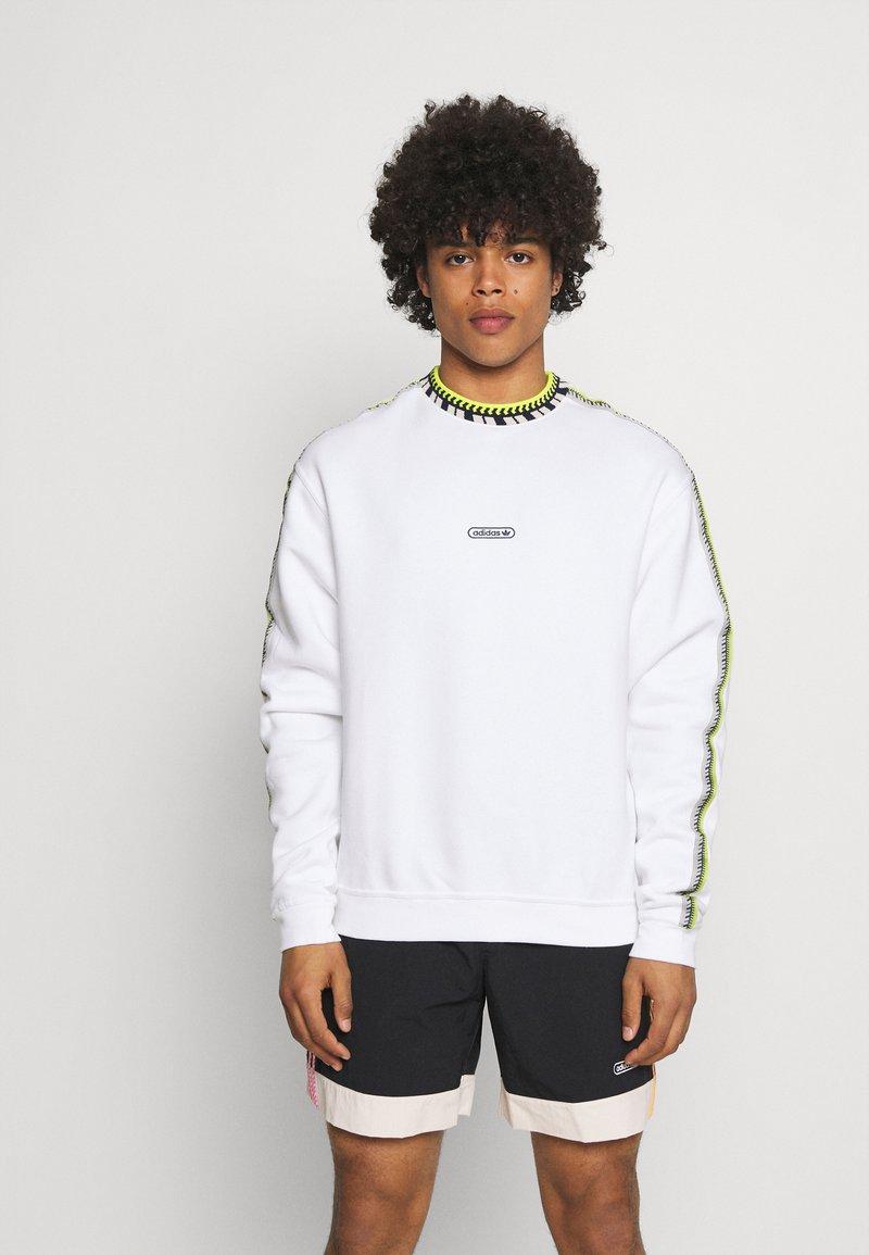 adidas Originals - DETAIL CREW UNISEX - Felpa - white