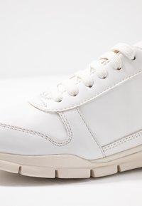 Geox - SUKIE - Zapatillas - white - 2