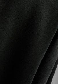 Bershka - OVERSIZE  - Sweatshirt - black - 5