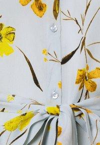PIECES Tall - PCLILLIAN SHIRT DRESS - Shirt dress - plein air - 2
