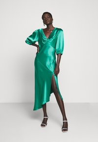 Allen Schwartz - LOUISE DEEP V DRESS HEM - Cocktail dress / Party dress - jade - 1