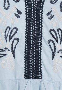 Vila - VIANAYAS 3/4 - Blouse - cashmere blue/navy blazer - 2