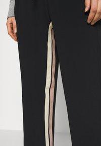 N°21 - Trousers - black - 3