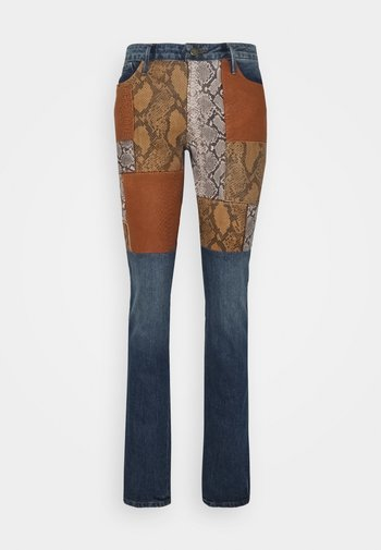 LE MINI PATCHWORK SNAKE - Bootcut jeans - kenmore