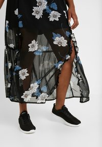 Simply Be - DOUBLE SPLIT GEORGETTE SKIRT - Maxi skirt - black - 5