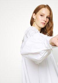 Résumé - VALERY - Bluser - white - 5